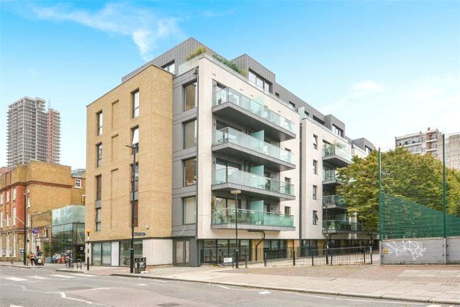 Thumbnail Flat for sale in Paton Street, London
