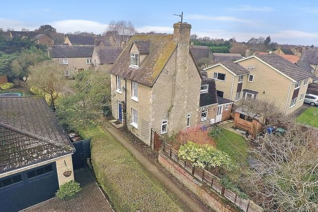 Thumbnail Cottage for sale in The Moors, Kidlington