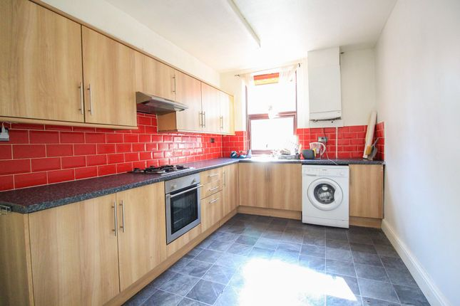 Kitchen of Earlesmere Avenue, Balby, Doncaster DN4