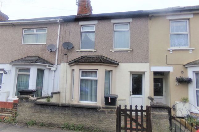 3 bed terraced house to rent in Iffley Road, Swindon
