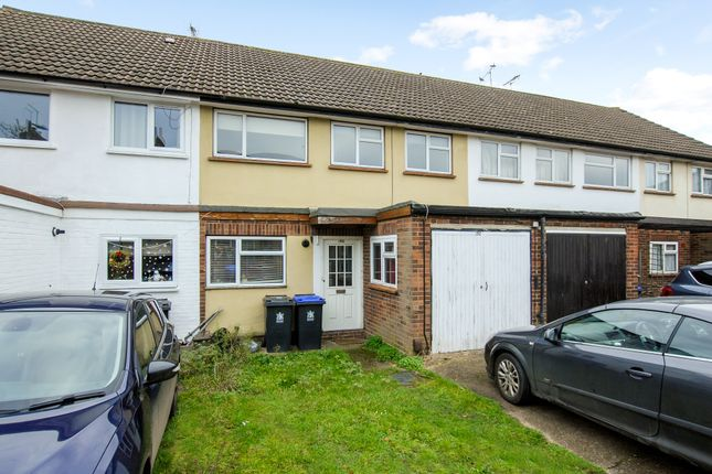 Thumbnail Terraced house for sale in Lent Rise Road, Burnham, Slough