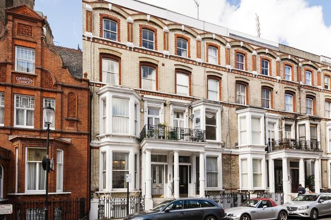 Thumbnail Flat for sale in Cheniston Gardens, London