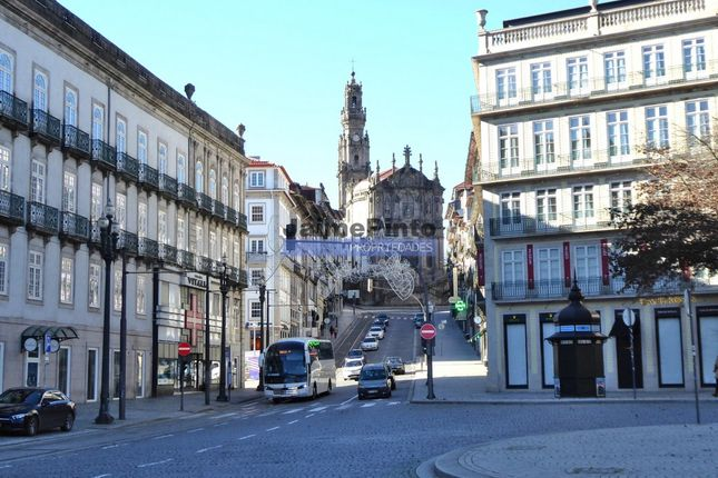 Thumbnail Retail premises for sale in Aliados, Cedofeita, Santo Ildefonso, Sé, Et Al., Porto (City), Porto, Norte, Portugal