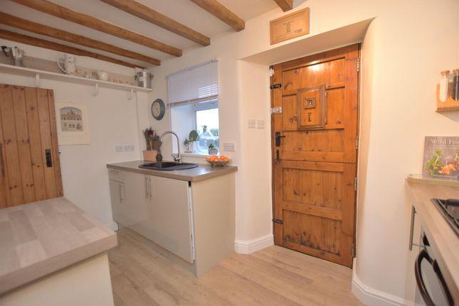 Kitchen4 of Well Yard, Swinney Lane, Belper DE56