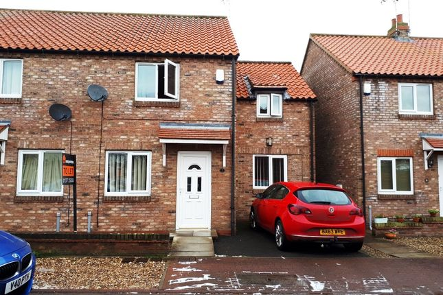 Thumbnail End terrace house to rent in 7 Cross Keys Court, Driffield