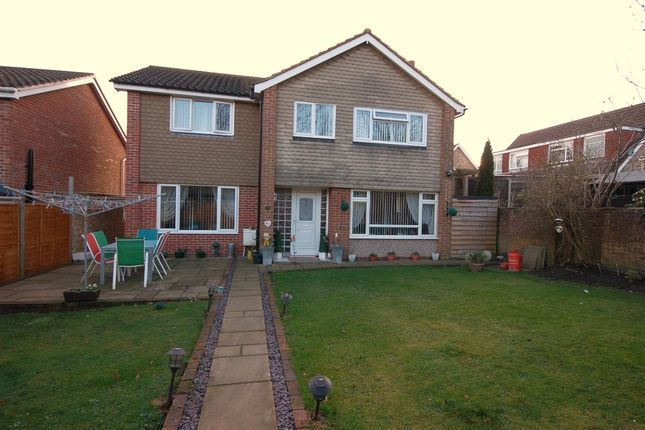 Thumbnail Detached house for sale in Hewlett Place, Bagshot
