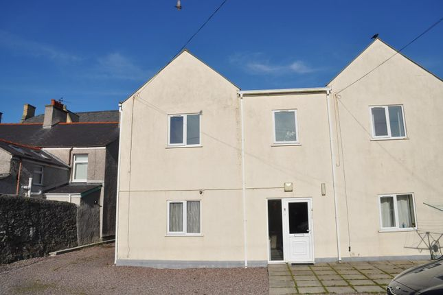 Thumbnail Flat to rent in Newry Street, Holyhead