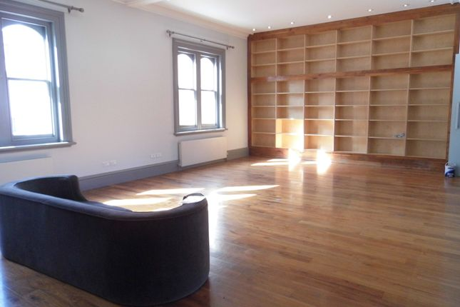Thumbnail Flat to rent in Princes Street, Brighton, East Sussex