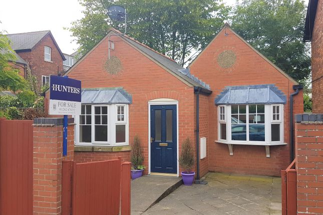 Thumbnail Bungalow for sale in George Street, Bridlington