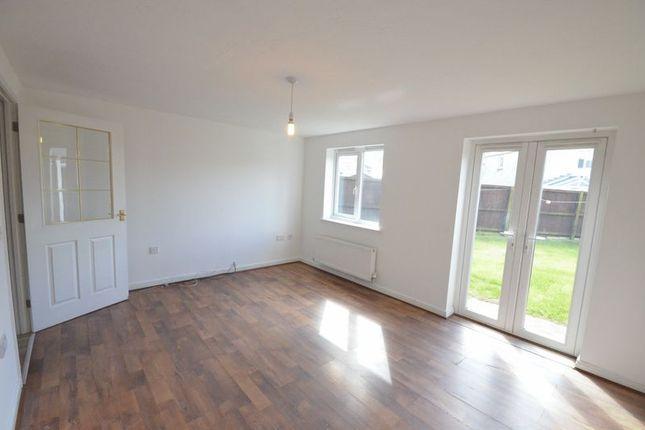 Thumbnail Semi-detached house to rent in Oakbank Drive, Church, Accrington