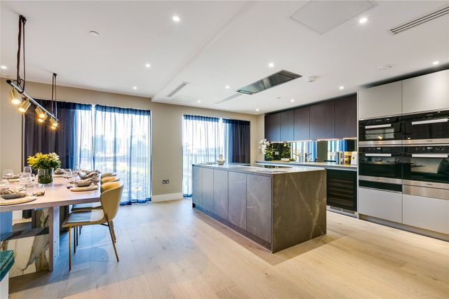 Thumbnail Terraced house for sale in Fulham Riverside, London