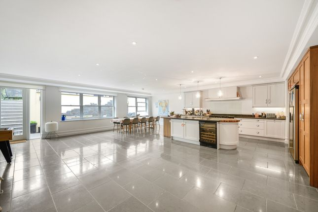 Thumbnail Detached house for sale in Bank Lane, Putney
