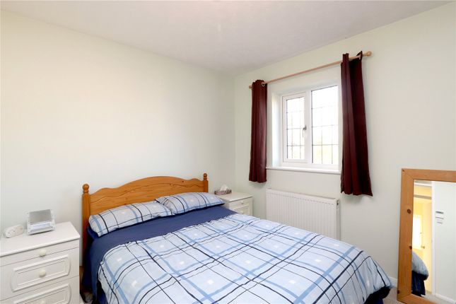 Bedroom of Creasy Close, Abbots Langley WD5