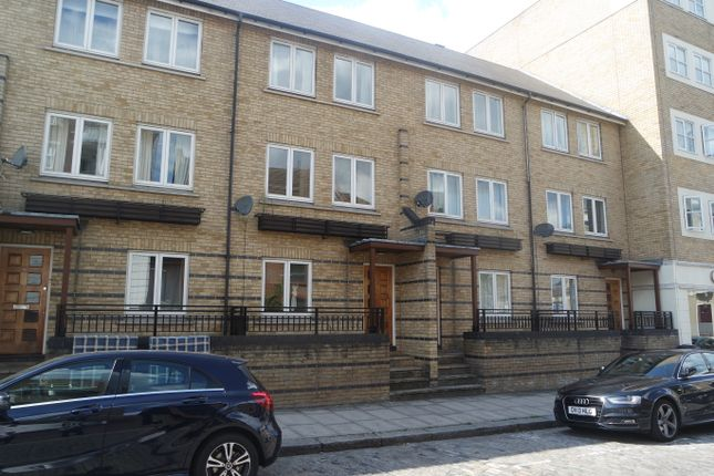 Thumbnail Town house to rent in Ferry Street, London