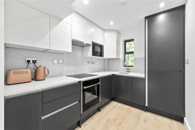 Modern Kitchen of Abbeville Place, Abbeville Road, Clapham, London SW4