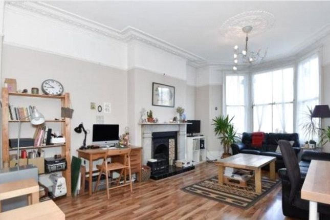 1 bed flat to rent in Drakefell Road, New Cross, London SE14