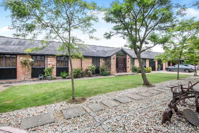 Thumbnail Property for sale in Rosebery Mews, Mentmore, Leighton Buzzard