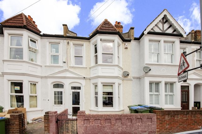 Thumbnail Flat for sale in Eastcombe Avenue, London