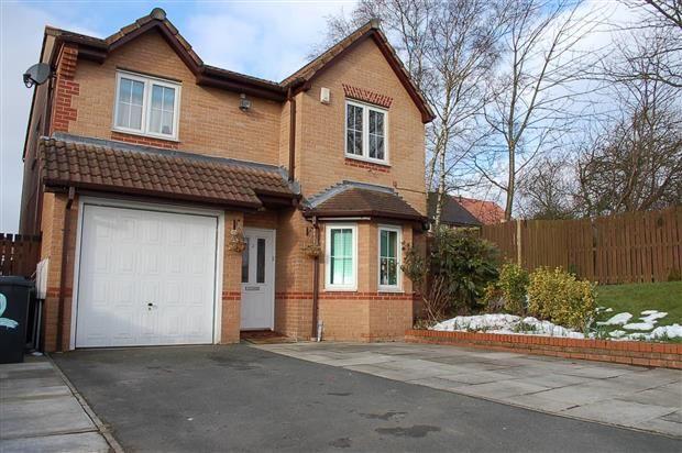 Thumbnail Property to rent in Seathwaite Road, Farnworth, Bolton