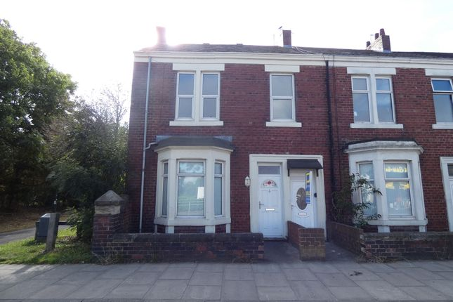Thumbnail Flat to rent in Albert Road, Jarrow