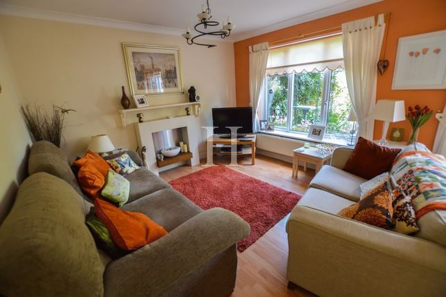 Thumbnail Terraced house for sale in Grangeway, Thundersley, Essex