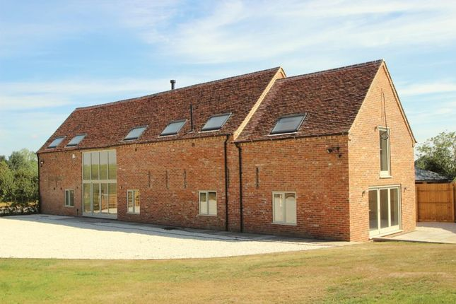 Thumbnail Barn conversion for sale in Mere Barn, Milcote Road, Welford On Avon