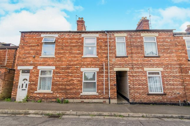 Thumbnail Terraced house for sale in Barnwell Terrace, Alexandra Road, Grantham