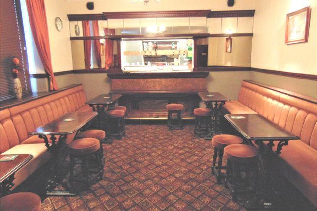 Picture No. 39 of The Queens Head Pub, William Street, Great Clifton, Workington, Cumbria CA14
