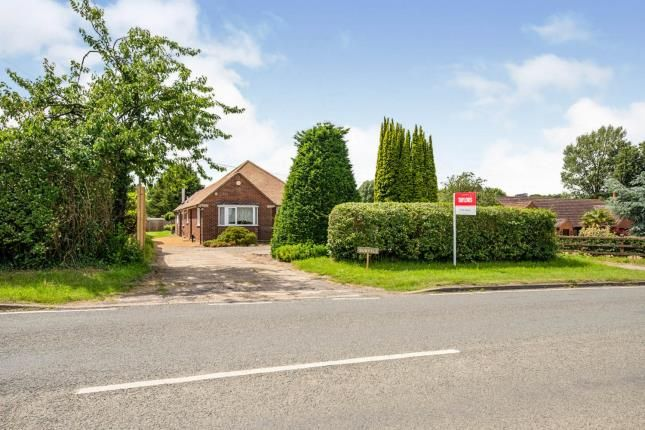 Thumbnail Bungalow for sale in Bedford Road, Holwell, Hitchin, Herts
