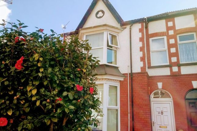 Thumbnail Flat to rent in Gnoll Park Road, Neath
