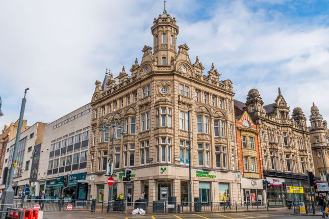 Thumbnail Flat to rent in Hepworth Chambers, Briggate, Leeds City Centre
