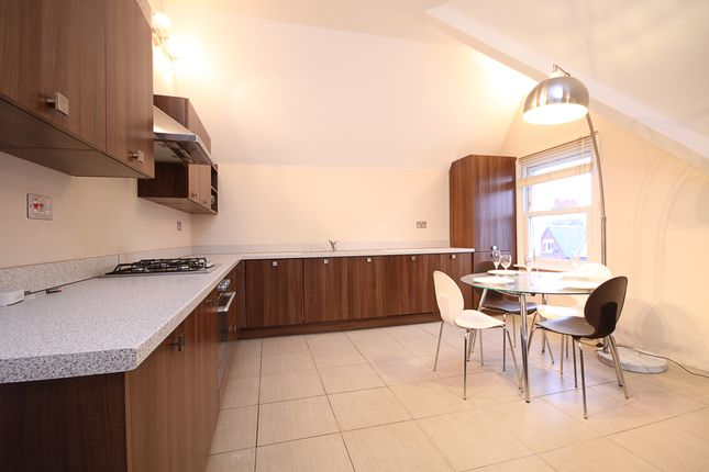 Thumbnail Flat to rent in Alderbrook Road, Clapham South, London