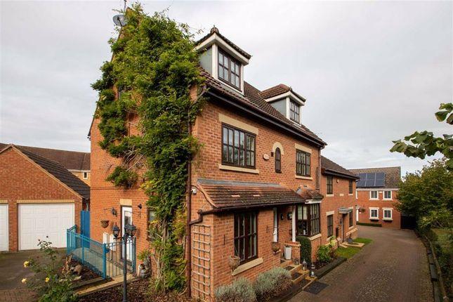 Thumbnail Town house to rent in Beddoes Croft, Medbourne, Milton Keynes, Bucks