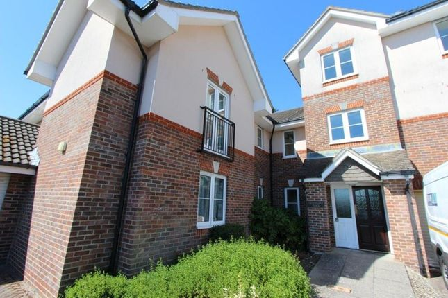 Thumbnail Flat for sale in Station Road, Netley Abbey, Southampton