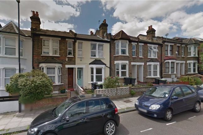 Thumbnail Flat to rent in Pascoe Road, Hither Green, London