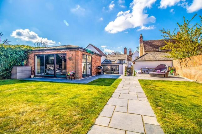 Thumbnail Cottage for sale in Lexden Road, Colchester