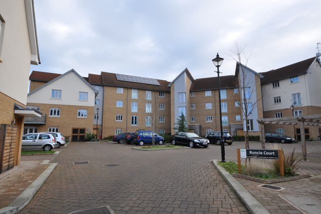 Thumbnail Flat to rent in New Mossford Way, Barkingside Ilford