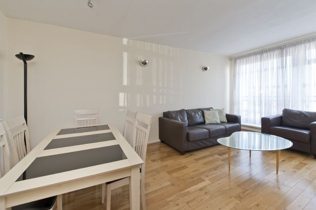 2 bed flat to rent in Sheringham, St. Johns Wood Park, St John's Wood, London