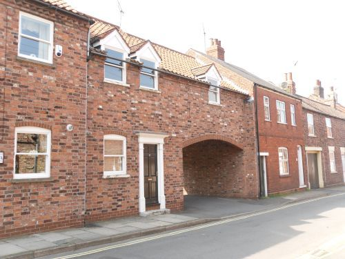 Thumbnail Town house to rent in 1C Finkle Lane, Barton On Humber