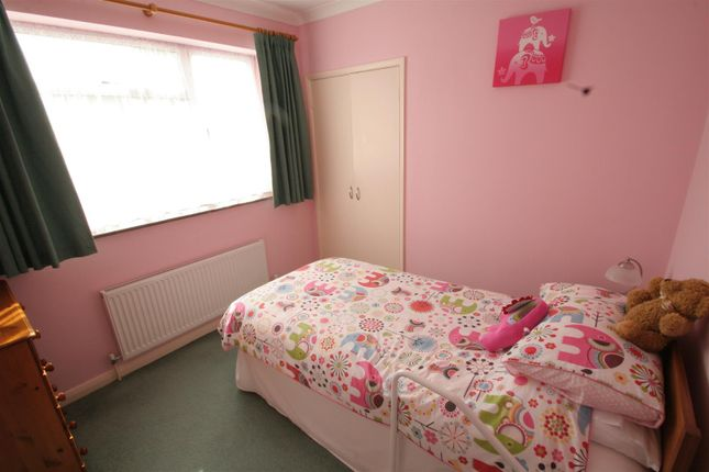 New Pink Bedroom of Shripple Lane, Winterslow, Salisbury SP5