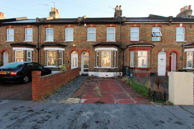 Thumbnail Terraced house for sale in Dennett Road, Croydon