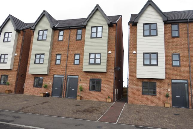 Front of Lake View, Stanley Road, Lowestoft NR33
