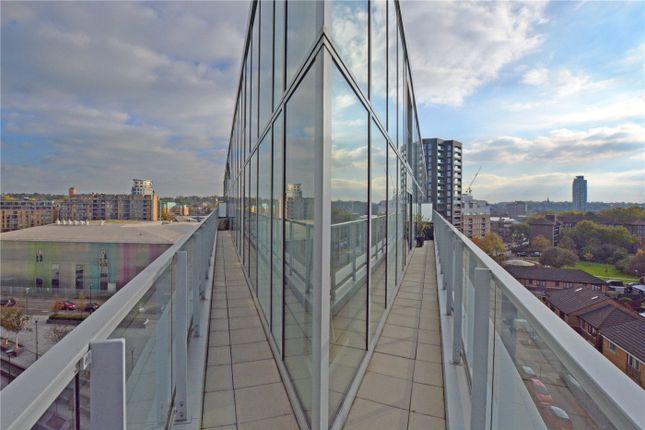 Balcony of Atrium Heights, 4 Little Thames Walk, Deptford, London SE8