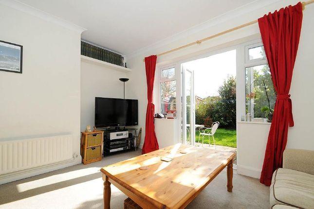 2 bed maisonette to rent in Shrewsbury Close, Surbiton