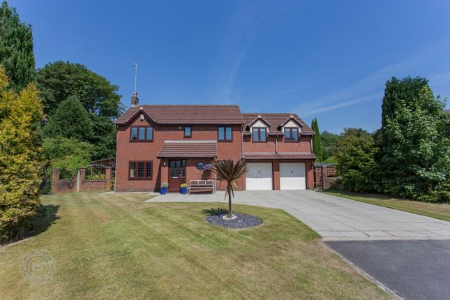 Thumbnail Detached house for sale in Meadway, Bury