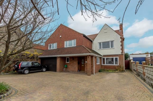 Thumbnail Detached house for sale in Benfleet, Essex
