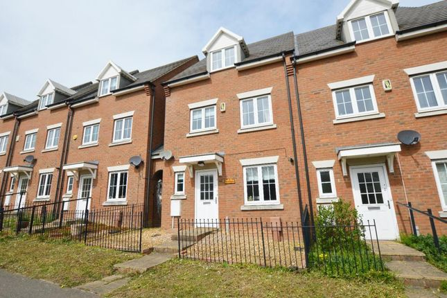Thumbnail Town house to rent in Flaxlands Row, Olney