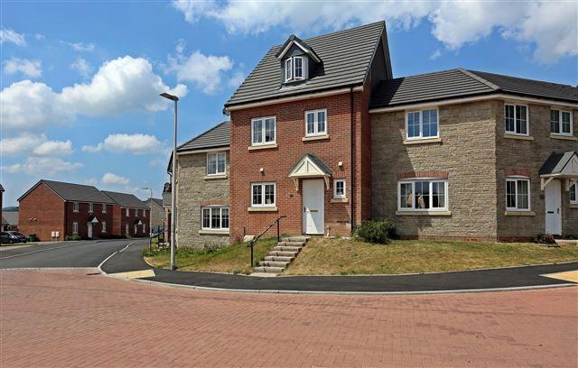 Thumbnail Town house for sale in Dyffryn Y Coed, Church Village, Pontypridd