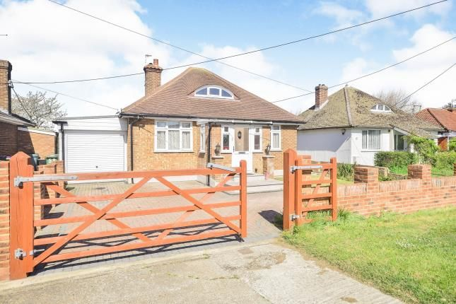 4 bed bungalow for sale in Meehan Road, Greatstone, New Romney, Kent TN28
