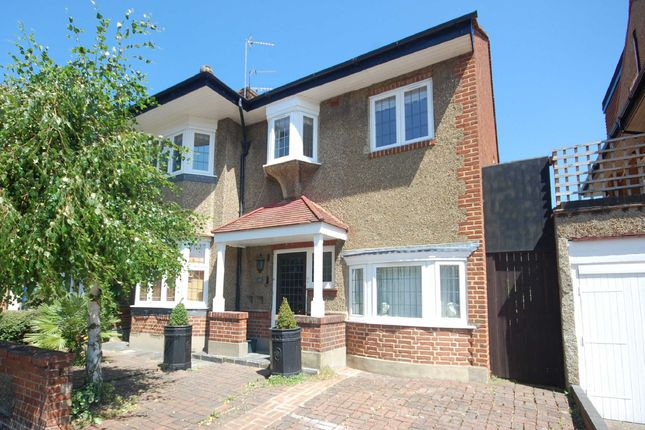 Thumbnail Flat to rent in Southdown Avenue, London